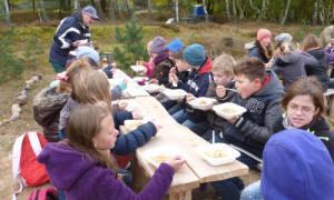 Heidepicknick 14 10 2016 300x180 Grundschüler aus Walsleben und Wildberg erkundeten die Kyritz Ruppiner Heide