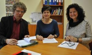 Unterzeichnung Schule Menz 300x180 Kooperation Fontane Schule Menz   Naturpark  wird in 2017 fortgesetzt