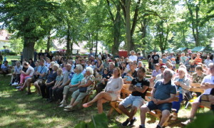 Waldfest 10 300x180 25 Jahre Waldfest Menz