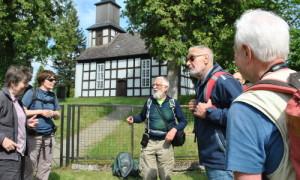 Wanderer 198 300x180 1. Fontane Wandermarathon