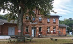 bahnhof dannenwalde 300x180 6. Kunstsalon in Dannenwalde   Halt auf freier Strecke