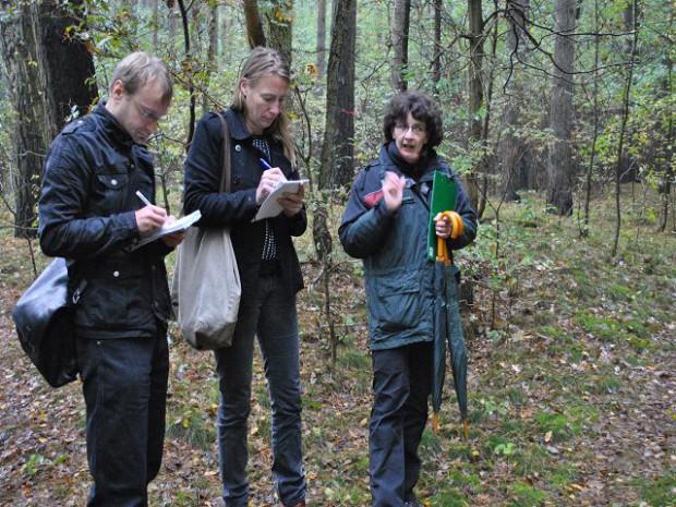 k DSC 00151 620x465 Landesweite Kampagne gegen Gartenabfälle im Wald gestartet