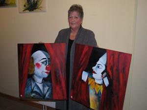 Die Hobbymalerin Christel Stüwe aus Gransee.