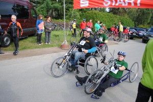 Anklemmbiker am Start