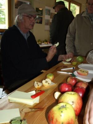 k Jürgen 300x400 14. Tag des Apfels im Naturpark