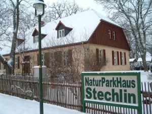 Besucherzentrum des Naturparks im Winterkleid
