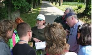 Petra Zoschnik bei einer Führung im Naturpark