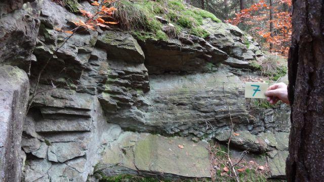 Schieferpfad Felsenformationen BA Beate Graumann Schieferpfad auf neuen Wegen