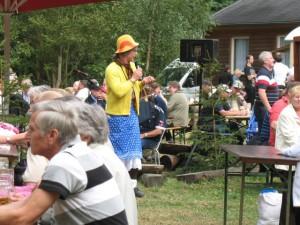 Buntes Markttreiben und Unterhaltung am Naturpark-Haus zum Wald-und Wiesenfest in Leutenberg, BA Grit Lemnitzer