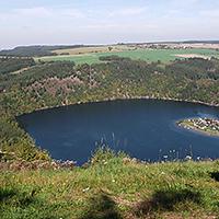 Blick am Hohenwarte-Stausee zur Droschkau, BA Carmen Rheber