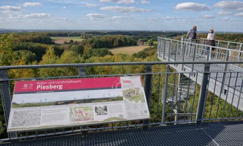 Aussichtsplattform am Piesberg Beitrag Natur  und Geopark TERRA.vita