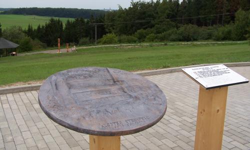 Barrierefreier Landschaftspfad Reliefmodell KlosterSteinfeldb Naturparke für alle – barrierefreies Naturerleben in Deutschland