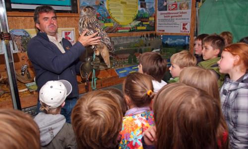 "Erlebnis Umwelt beitrag ""Erlebnis Umwelt 2014   Tourstart im Naturpark Hoher Vogelsberg"