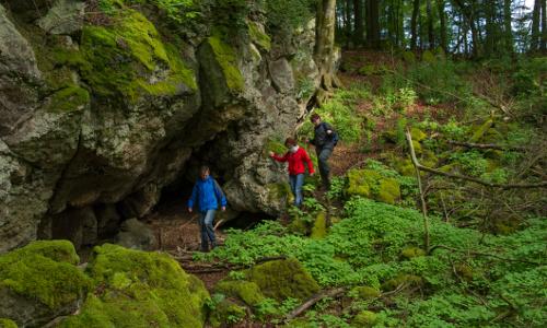 KPK270191b Wanderung auf dem Felsenpfad