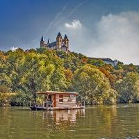 Mit dem Hausboot die Lahn entdecken_ Kanucharter Michael Hofmannbf