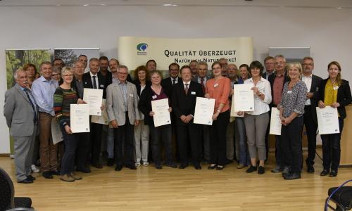 """Qualitätsoffensive 2017 Beitrag """"Qualitätsarbeit!"""" – 23 Naturparke ausgezeichnet"""