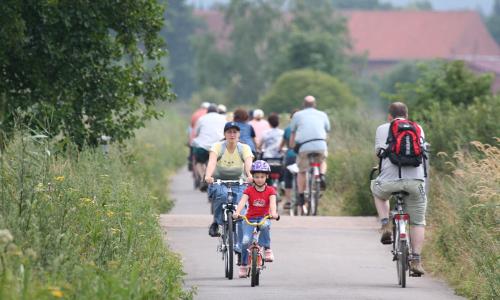 Radfahrer Meerbruch1 Beitrag Einer Vision Raum geben   Naturpark Lahn Dill Bergland