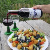 Salat mit Blaubeern © Bickbeernhof Café Herse GbR