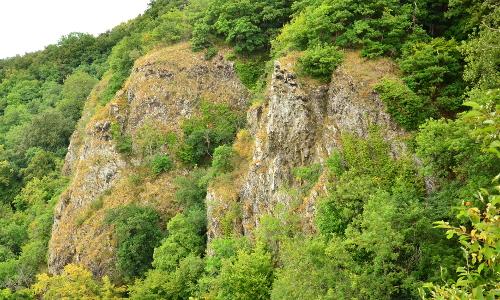 Steilwand am NSG Gabelstein Stefa Eschenauerb Naturpark Nassau