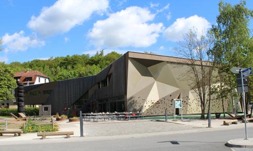 "TIZ copyright Taunus Touristik Service e.Vb  ""Tradition und Moderne – Baukultur in Naturparken"""
