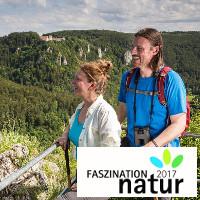 Wanderpaar am Eichfelsen-gegenüber Burg Wildensteinbf