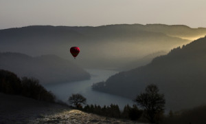 Morgenstimmung im Naturpark Südeifel - Copyright: VDN/Justtina