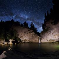 """Unsere Galaxie über dem Wasserfall"" © VDN / Thomas Raffler"