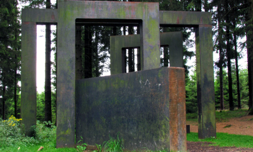 no easy game skulptur volkmar brockhaus beitrag Neuer Stern im Sauerland – Naturpark Sauerland Rothaargebirge