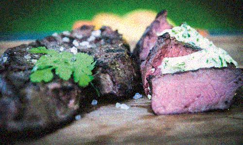 steak5 für Web ERNA Filet mit karamellisierten Erdbeeren