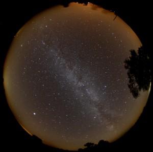 Nächtlicher Sternenhimmel über Gülpe